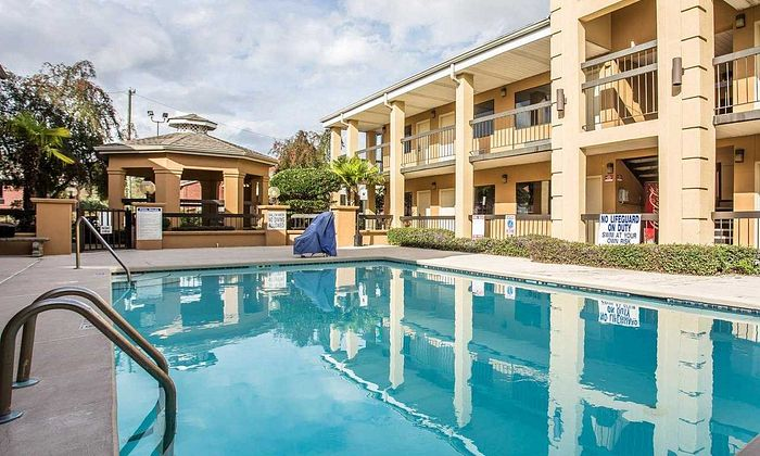 Suburban Extended Stay Hotel - Florence