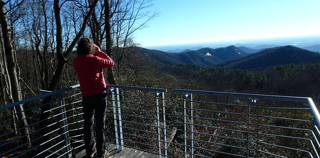 view overlook at Sassafras mountain