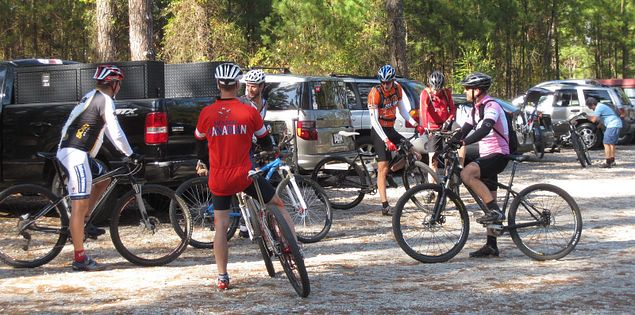 Mountain bikers before biking in the Forks Area Trail System