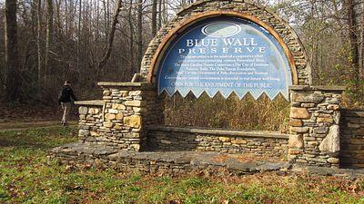 Hike Palmetto Trail's Blue Wall