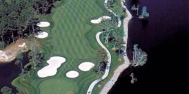 Arrowhead Country Club - Waterway