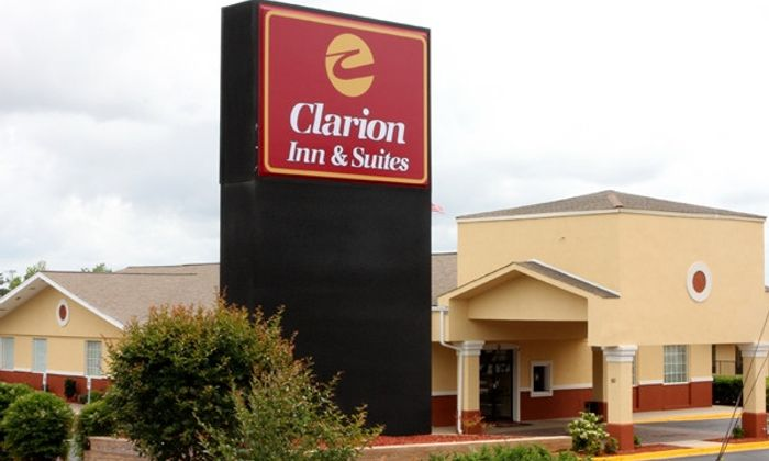 Clarion Inn & Suites Haywood Mall Area