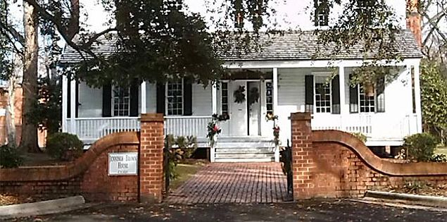 Jennings-Brown House & Marlboro County Historical Museum