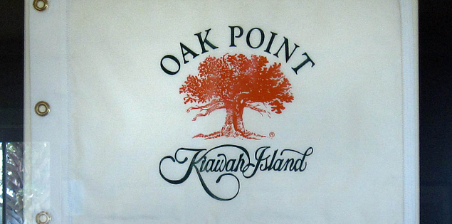 Flag boasting Oak Point golf course at Kiawah Island Resort