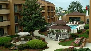 Courtyard by Marriott - Greenville