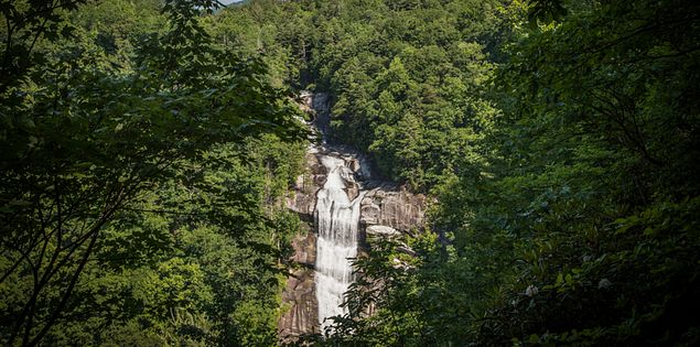 lake jocassee waterfalls