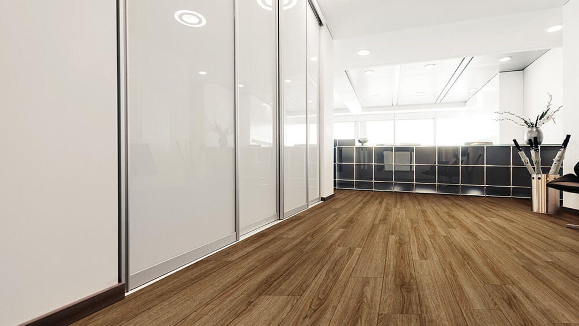 Rocca Oak EVP Vinyl Flooring Product Scene