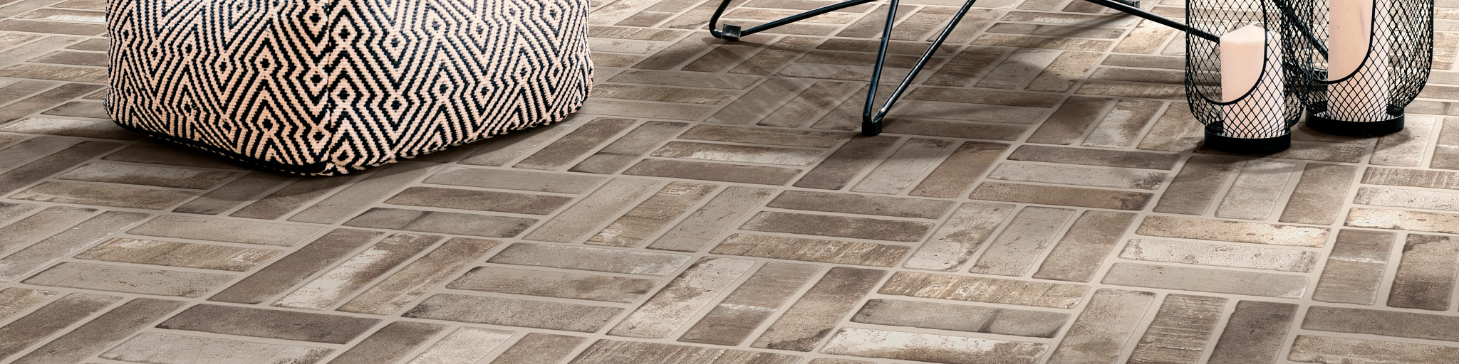 Tile-and-Stone-Bowery-390TS-00590-Griege-Outdoors-Outside-Patio-2021