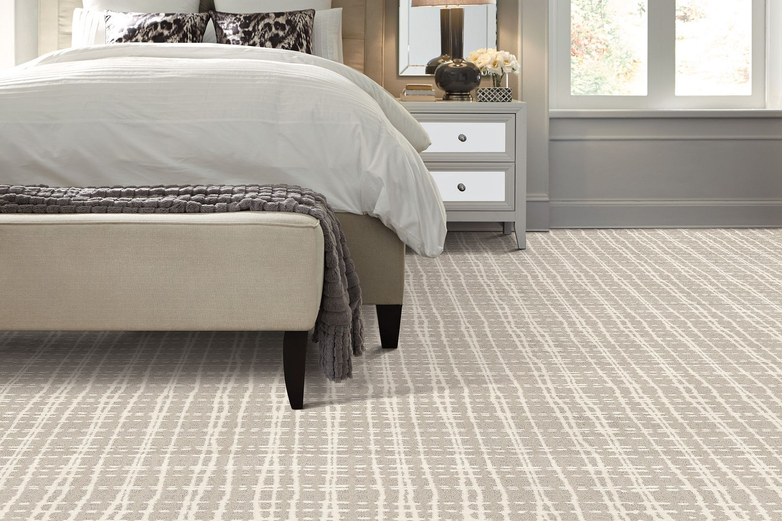 EA703 00100 carpet Room Scene