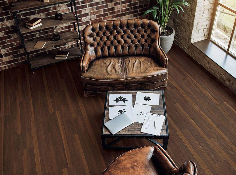 BISCAYNE OAK EVP Vinyl Flooring Room Scene