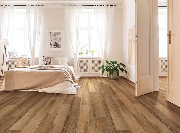 Niland Chestnut EVP Vinyl Flooring Room Scene