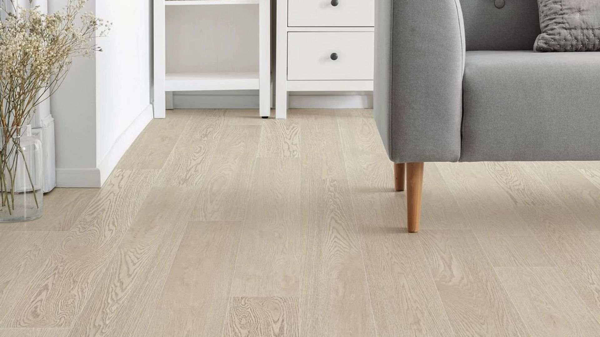Charter Oak EVP Vinyl Flooring Product Scene