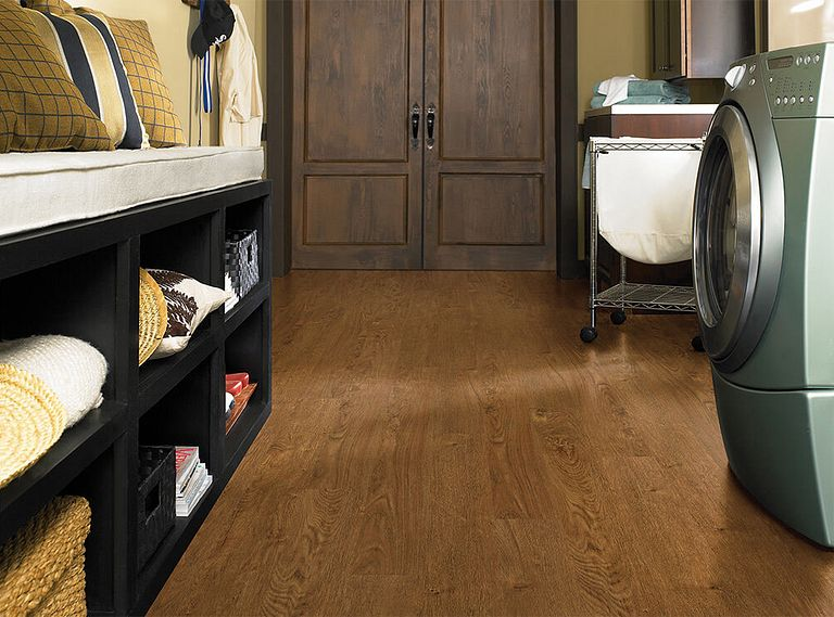 NORTHWOODS OAK EVP Vinyl Flooring Room Scene