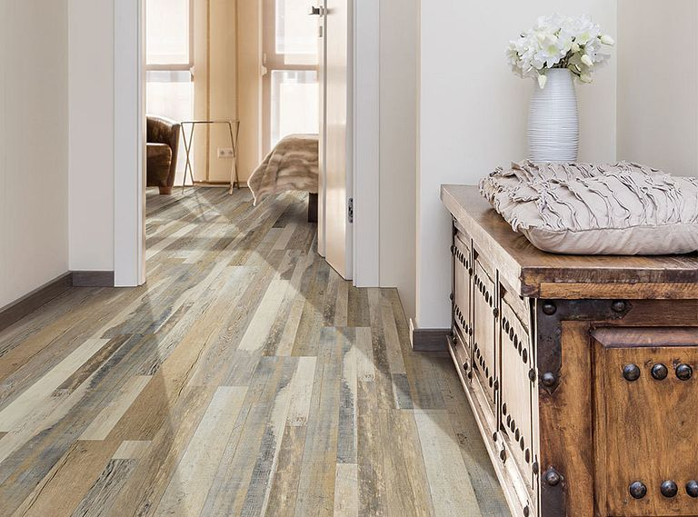 CABIN OAK EVP Vinyl Flooring Product Shot