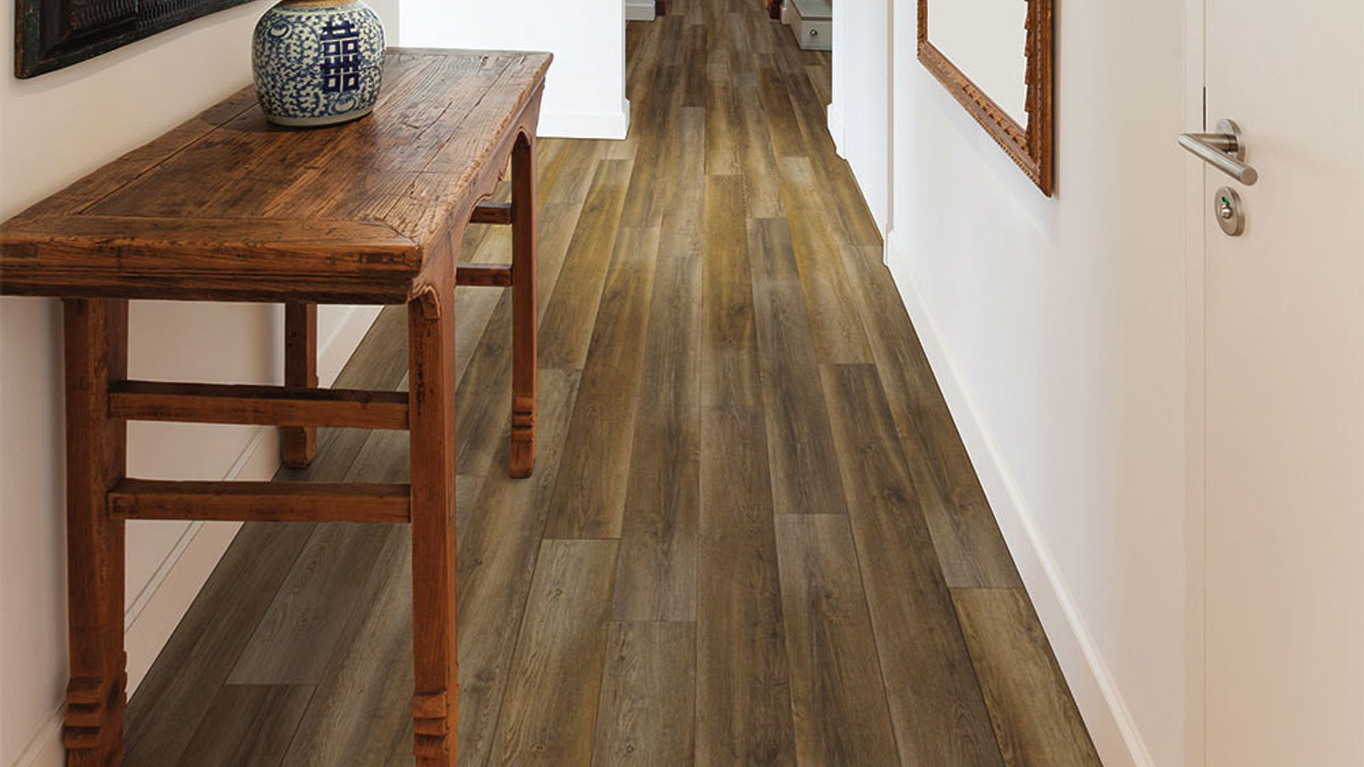 Gusto Oak EVP Vinyl Flooring Product Scene