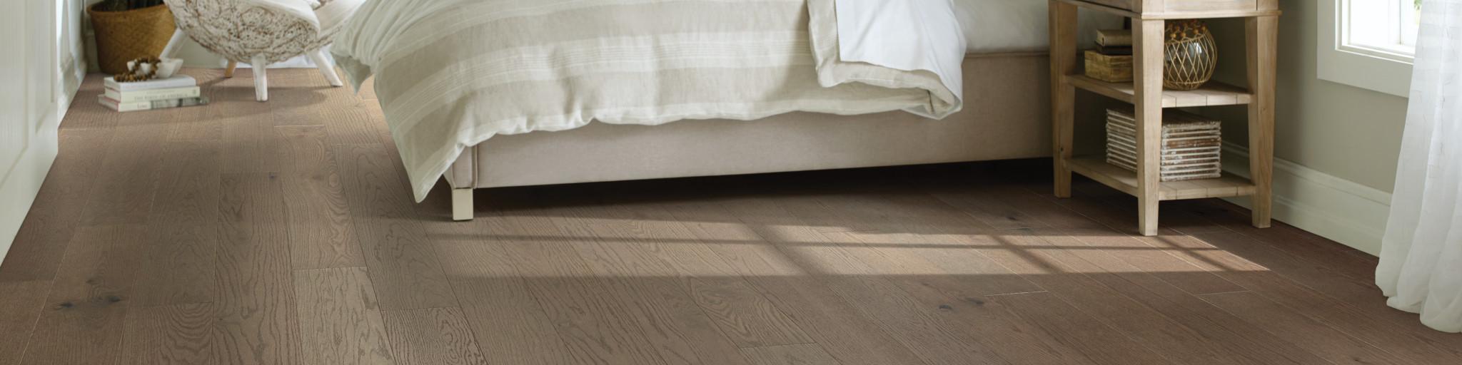 Hardwood-Epic-Plus-Exploration-Oak-sw713-07075-Bedroom-2020