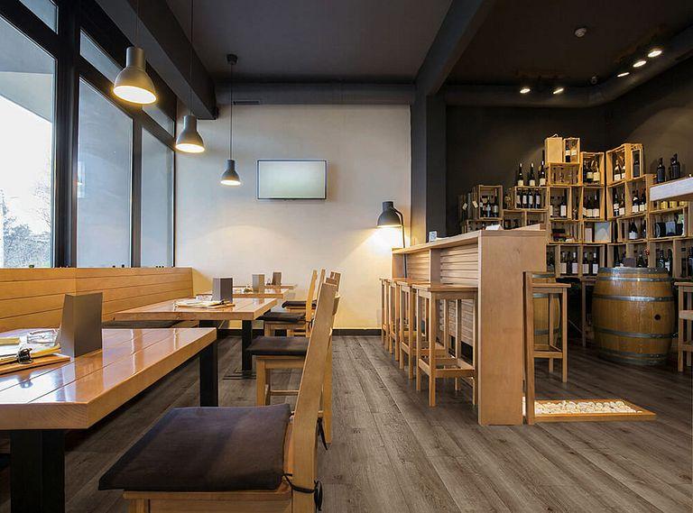 Copano Oak EVP Vinyl Flooring Room Scene