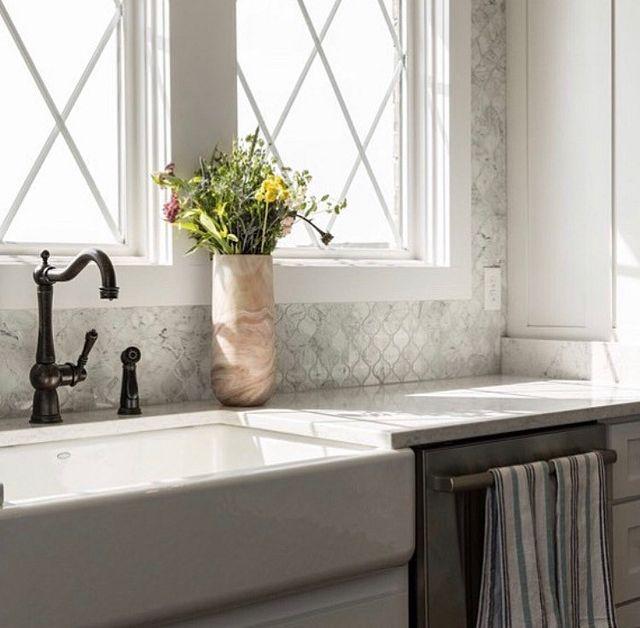 Designer Spotlight A New Year  Farmhouse sink.JPG