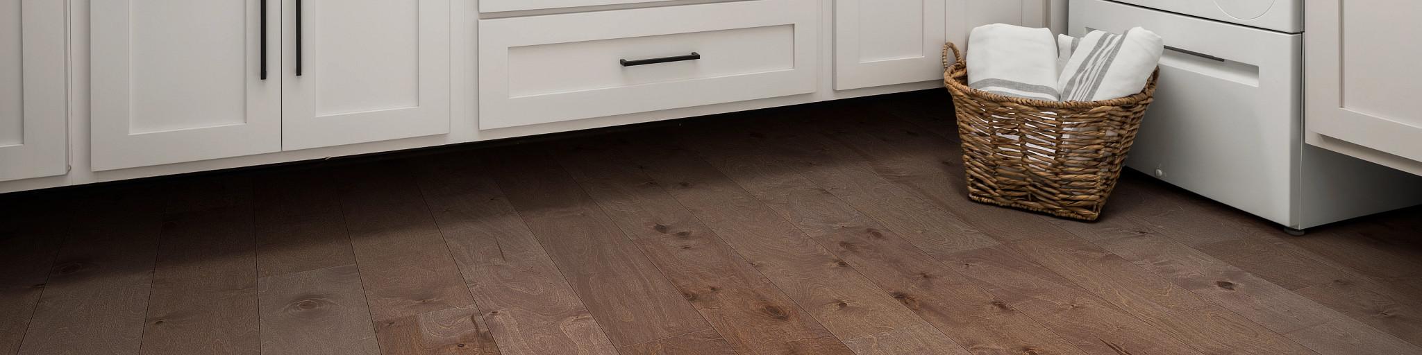 Hardwood-Repel-Engineered-Celestial-SW744-07095-Amber-Laundry-Room-2021