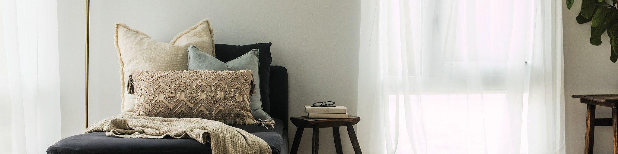Hardwood-Anderson-Tuftex-9U169_11054-bedroom-2020