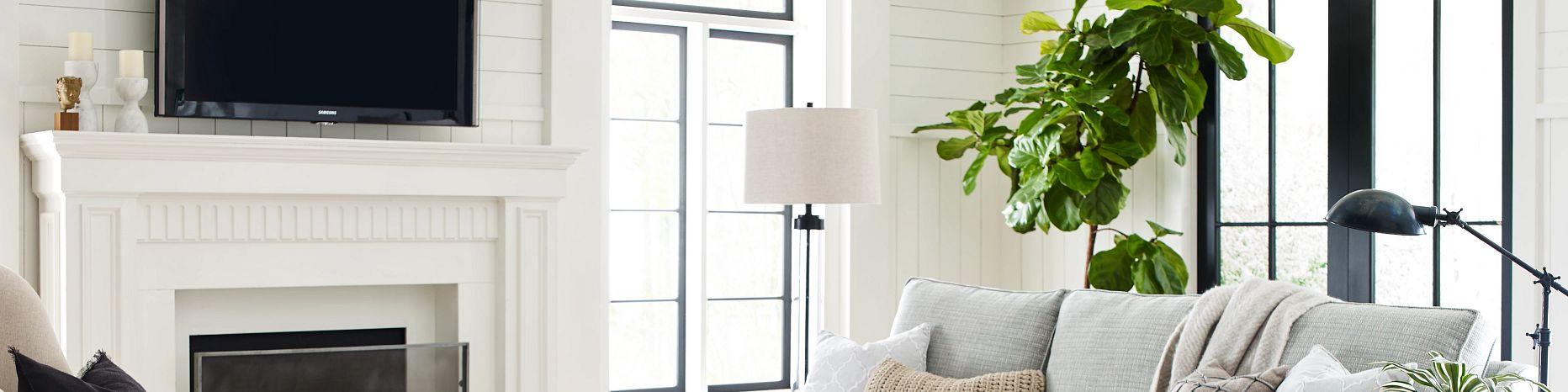 Hardwood-ScufResist-Platinum-Westminster-Maple-FH813-05090-Living-Room-2021