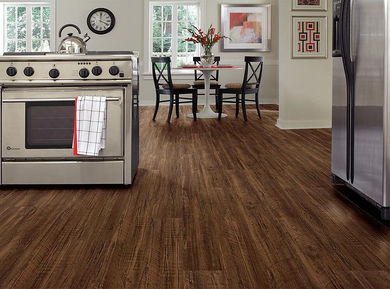 KINGSWOOD OAK EVP Vinyl Flooring Room Scene