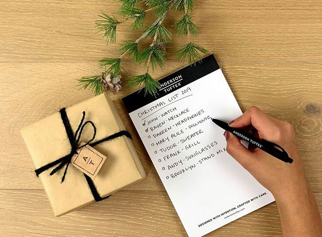 Designer Spotlight Christmas Twist Letter.JPG
