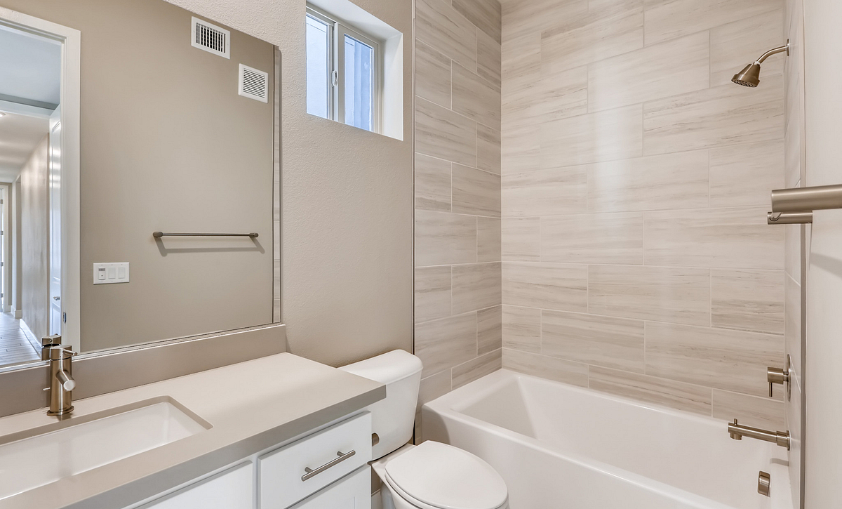 Trilogy Summerlin Viewpoint Guest Bath