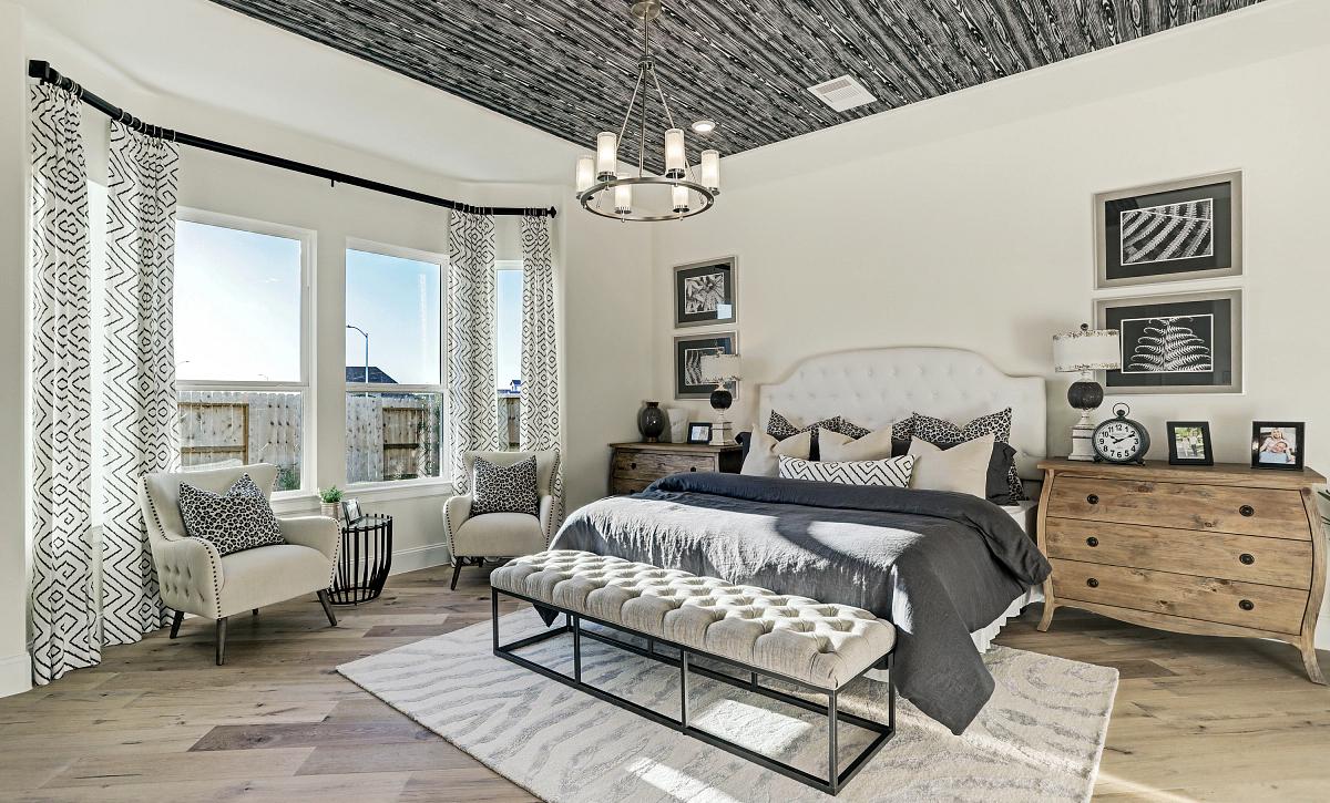Del Bello Lakes Plan 6015 Primary Bedroom