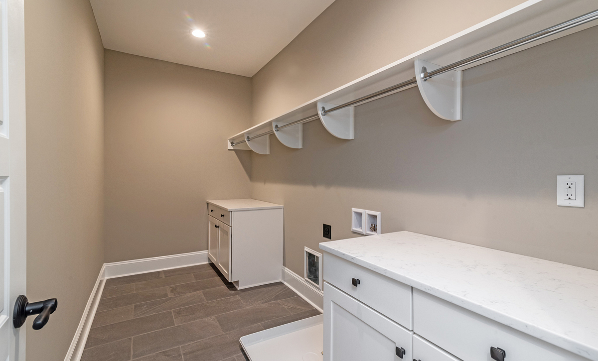 Kinglsey Second-floor Laundry room