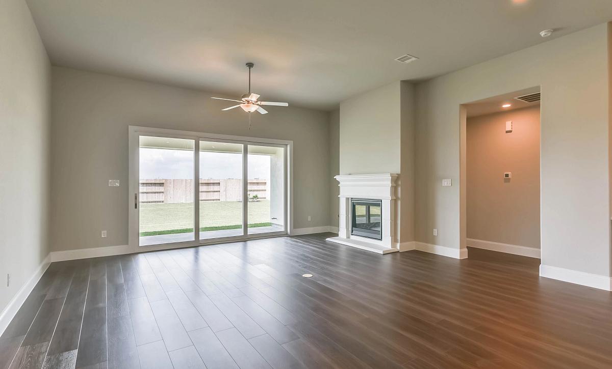 Sienna Plan 5039 Living Area
