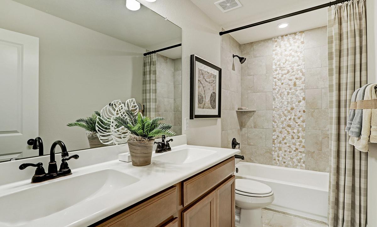 Meridiana 50 Plan 4069 Bathroom 2