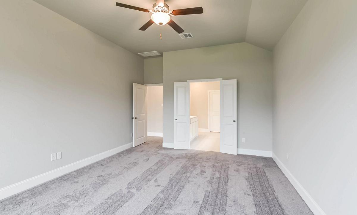 Harmony 50 Plan 4019 Primary Bedroom