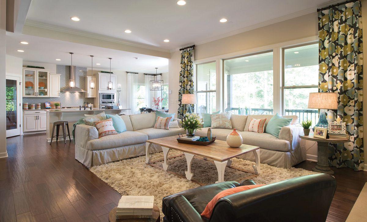 Redwood plan Family Room