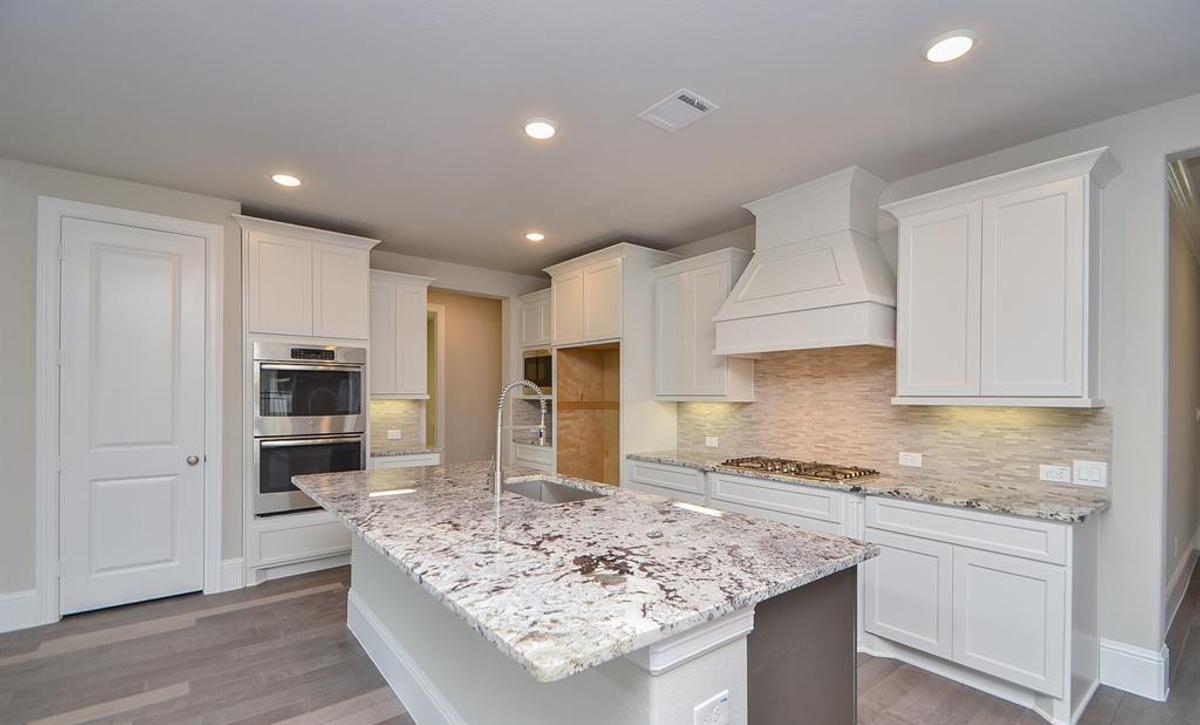 Plan 5049 Kitchen