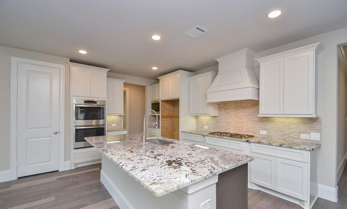 Plan 5049 Kitchen