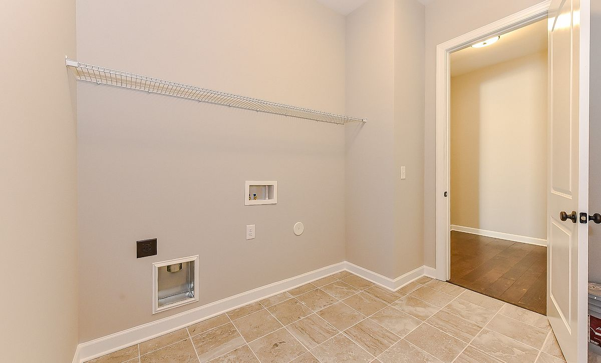 Berkshire plan Laundry room
