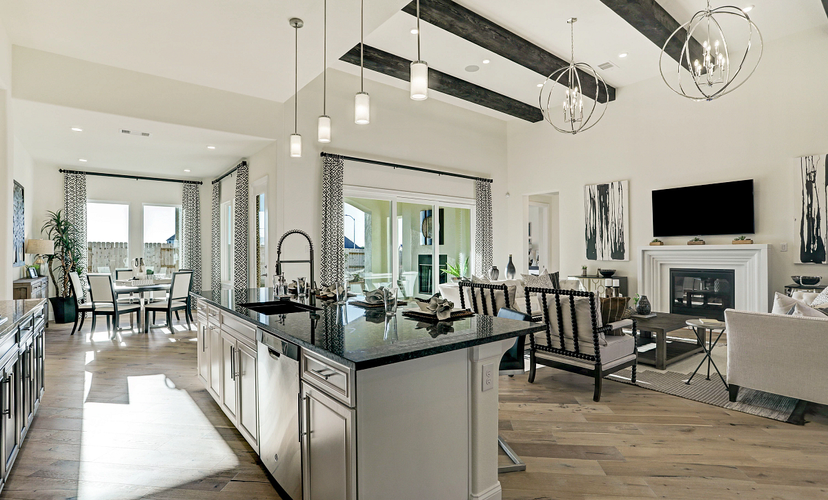 Del Bello Lakes Plan 6015 Great Room