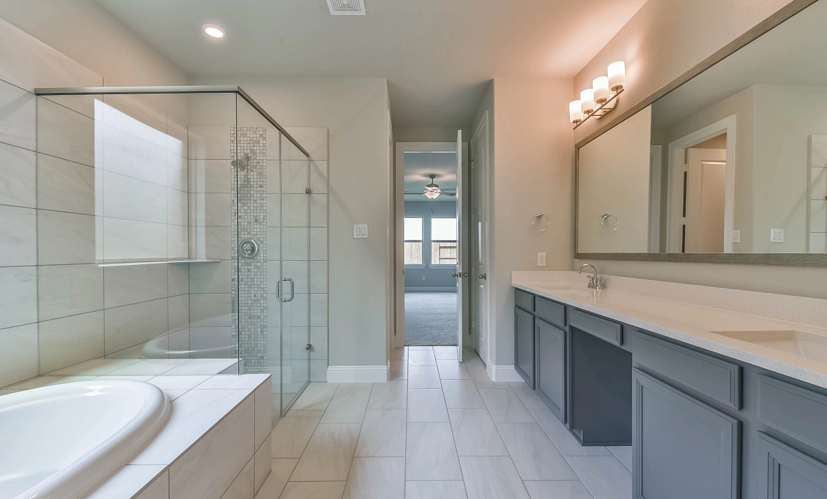 Plan 5509 QMI 3302 Plan 5509 QMI 3302 Owner's Bath