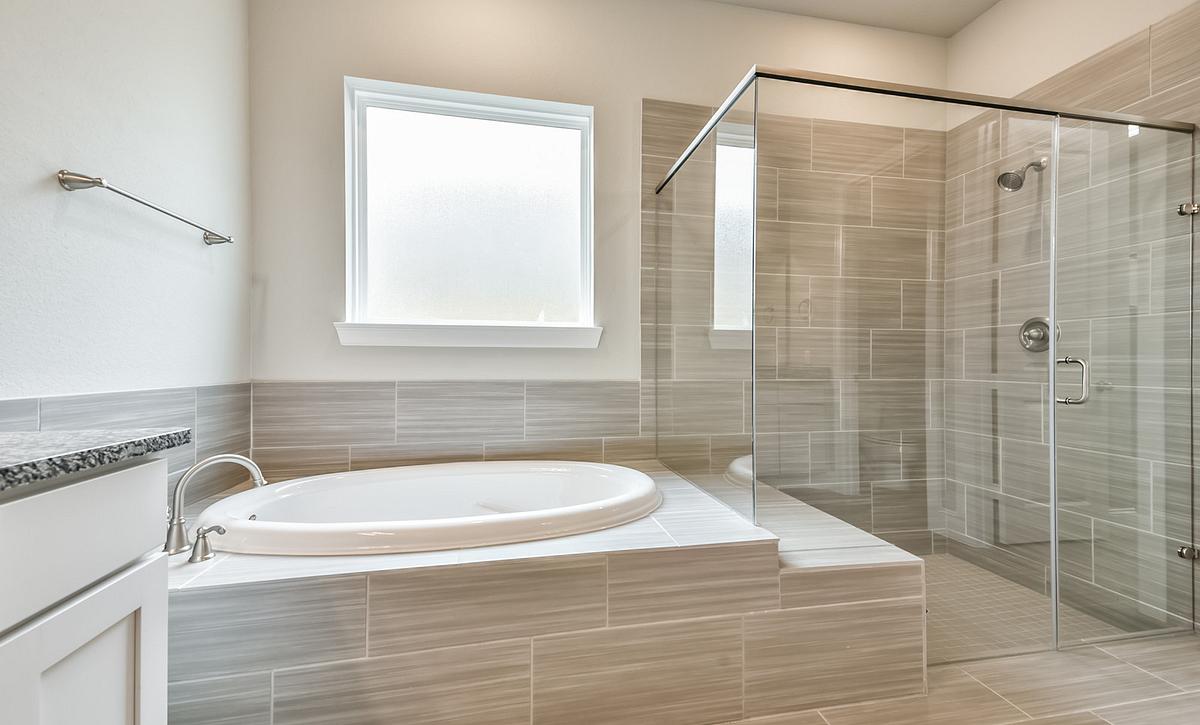 Plan 6010 Primary Bathroom
