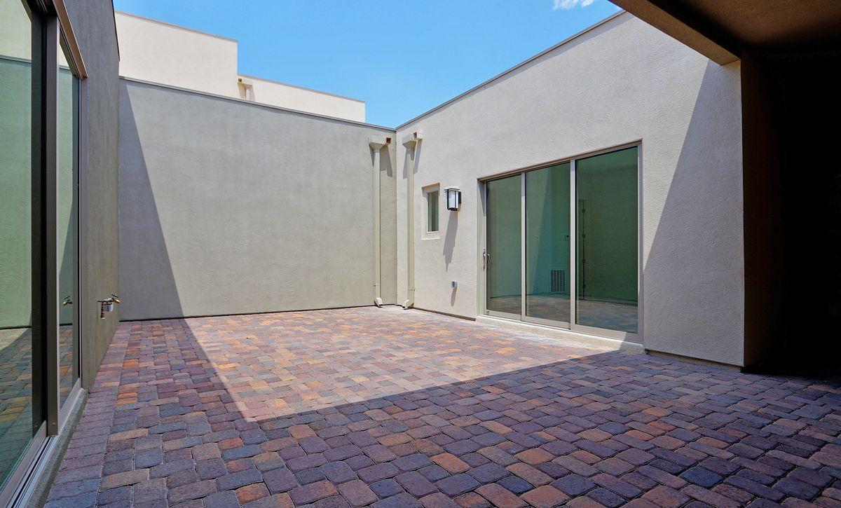 Trilogy Summerlin Indulge Courtyard