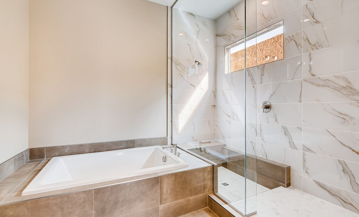 Trilogy Summerlin Radiant Master Bath