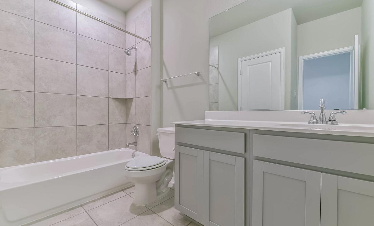 Plan 5509 QMI 3302 Plan 5509 QMI 3302 Bathroom