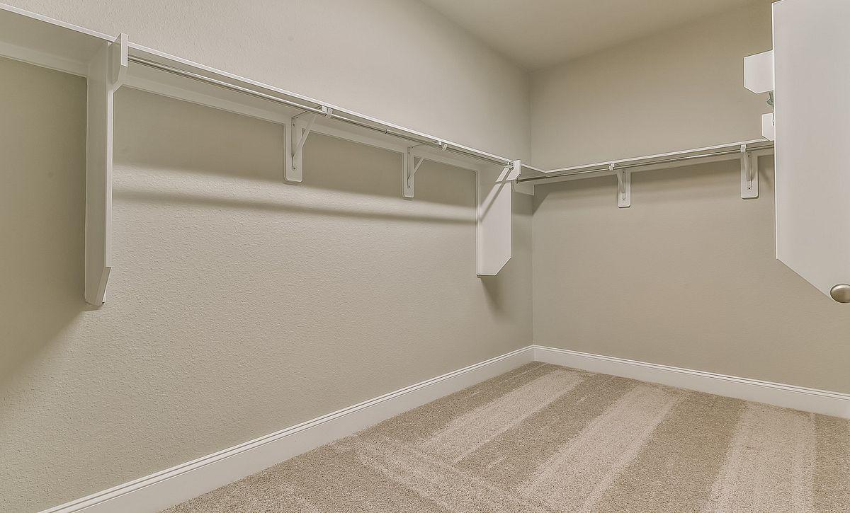 Plan 4039 Master Closet