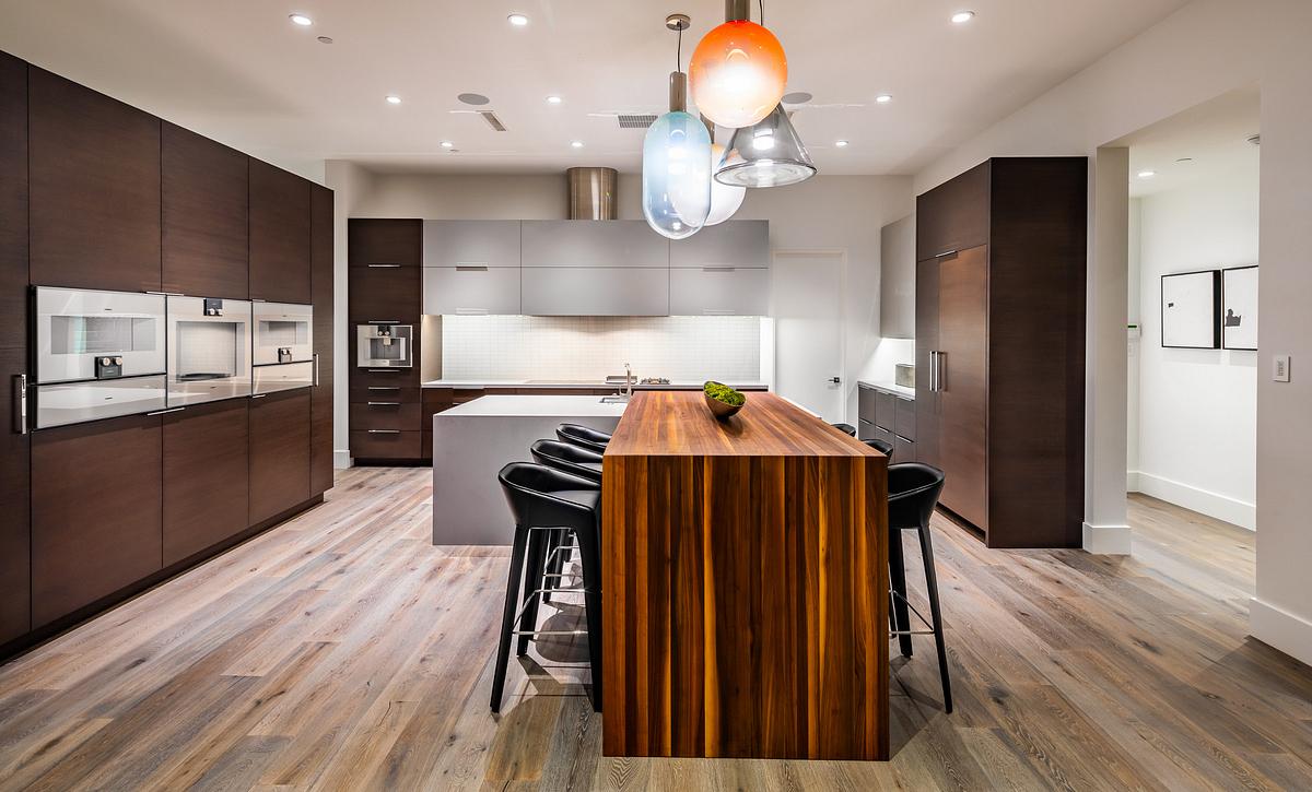 Azure, Residence 3 Kitchen
