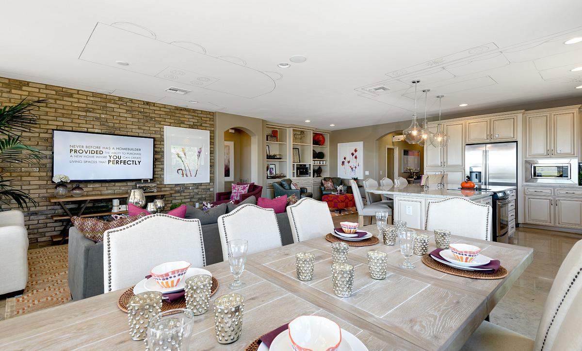 Refresh Model Dining Room