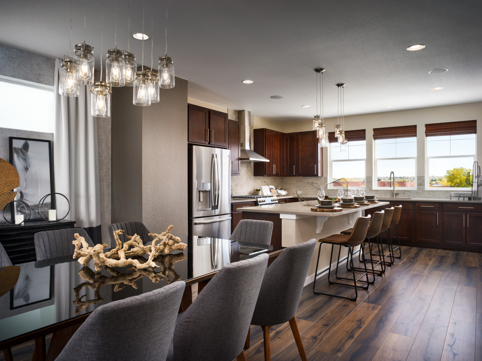 Crescendo at Central Park Plan 2201 Dining and Kitchen