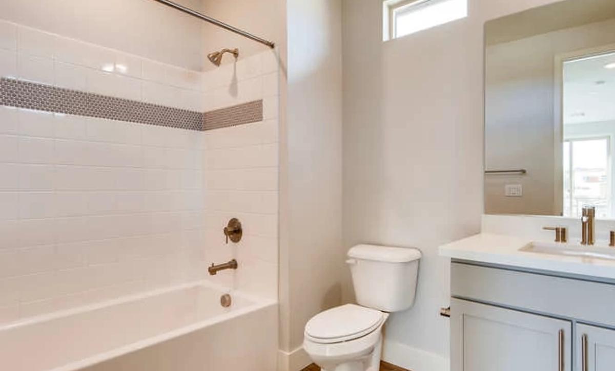Trilogy Summerlin Explore Guest Bath
