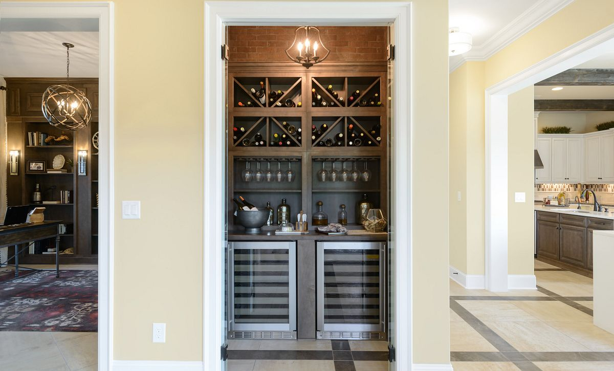Trilogy Lake Norman Balsam Plan Wine Storage