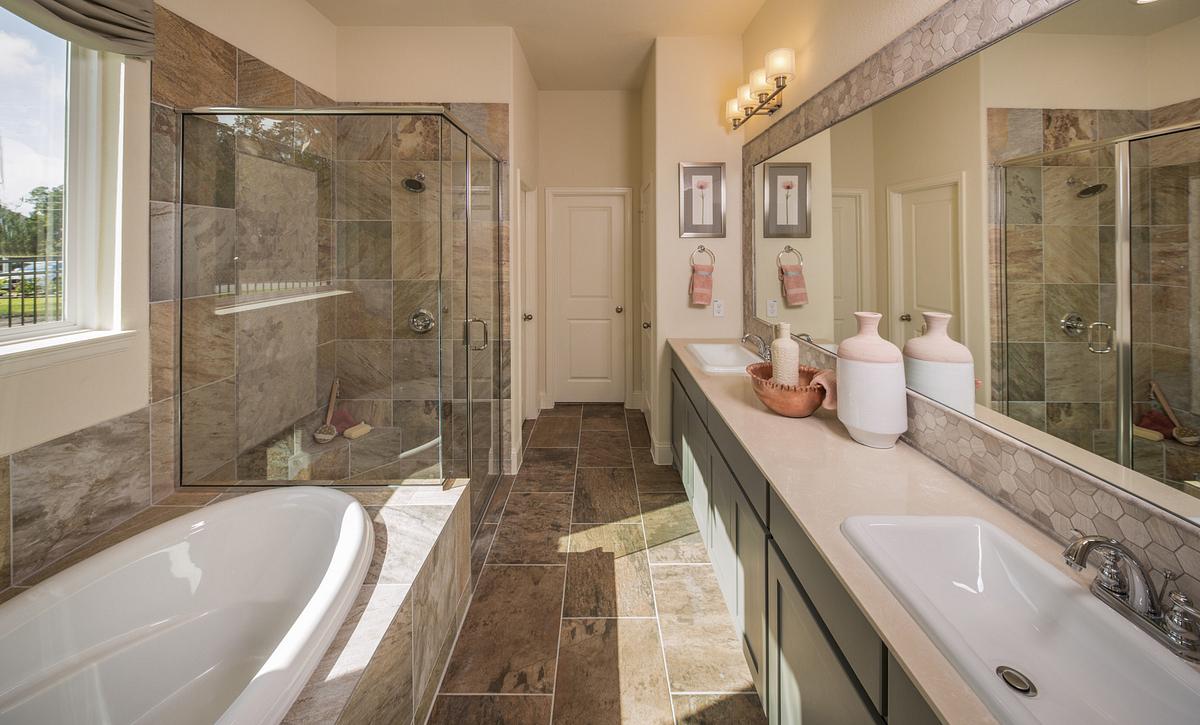 Plan 4117 Primary Bathroom